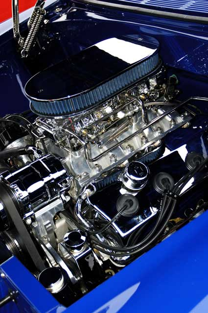 blue_muscle_car_engine.jpg